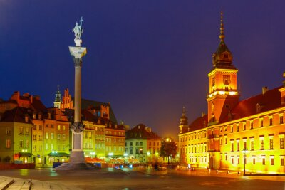 Poster Castle Square at night in Warsaw, Poland.