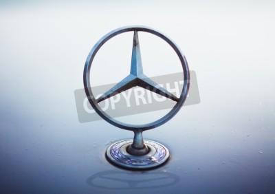 Poster Dirty Mercedes Benz silver star logo