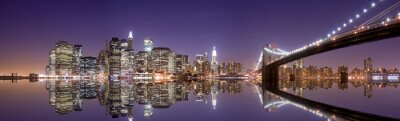 Poster New York skyline and reflection at night