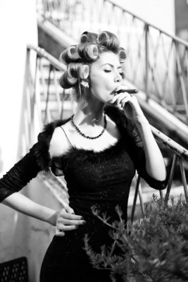 Poster sexy woman posing as an aristocrat - fashion shoot
