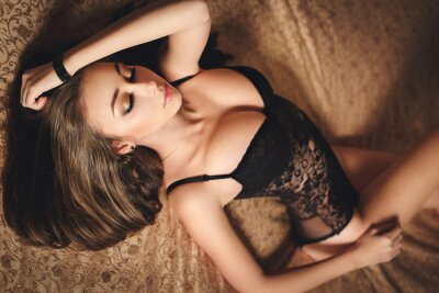 Poster Sexy young girl in black lingerie