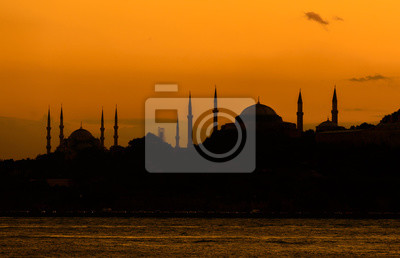 Poster Silhouette of Hagia Sophia and Blue Mosque from the asian side.
