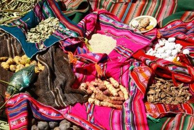 Poster Traditionelles Essen auf den Uros Islands - Titicacasee, Peru