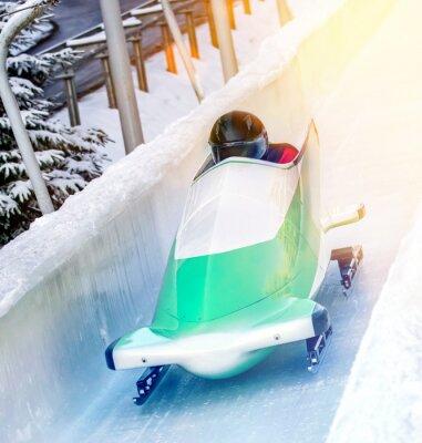 Poster Wintersport - Bobschlitten in der Eisbahn