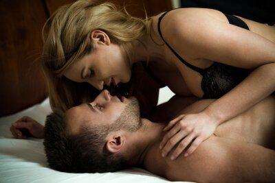 Poster Woman seducing man
