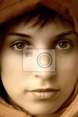 young casual woman close up portrait, studio picture
