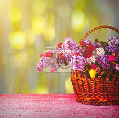 Basket with lilac and tulips_3