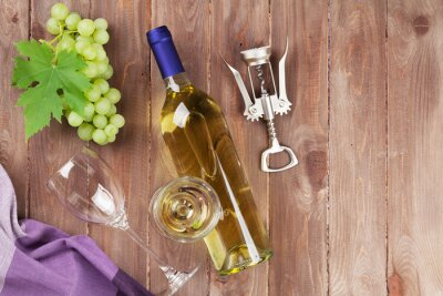 Sticker Bunch of grapes, white wine and corkscrew