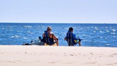 deux pêcheurs,two fishermen on the beach