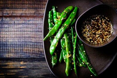 Sticker green beans in sesame Asian sauce