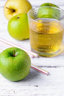 Sticker juice of green apple