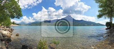 Lake Serre ponçon