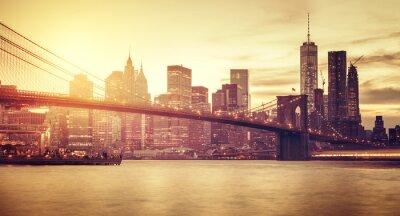 Sticker Retro stylized Manhattan at sunset, New York, USA.