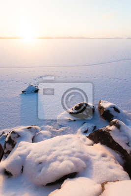 Sticker Serene winter morning view to frozen lake